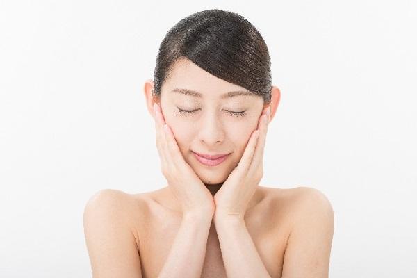 ニキビが治らないのは間違った肌へのストレス