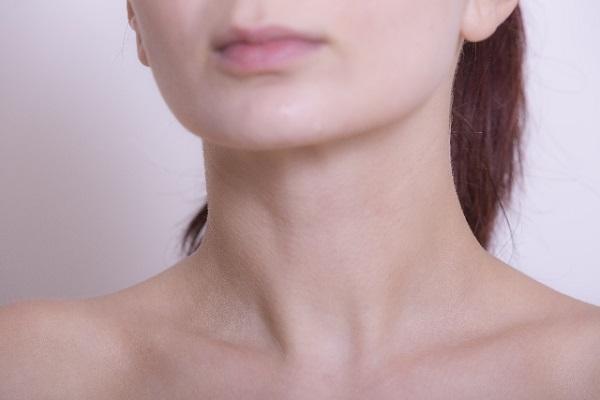 顎にニキビができてしまう原因と対策について