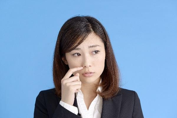 鼻にニキビができてしまう原因と対策について